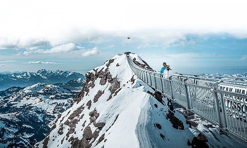 peak-walk-ponte-sospeso-svizzera