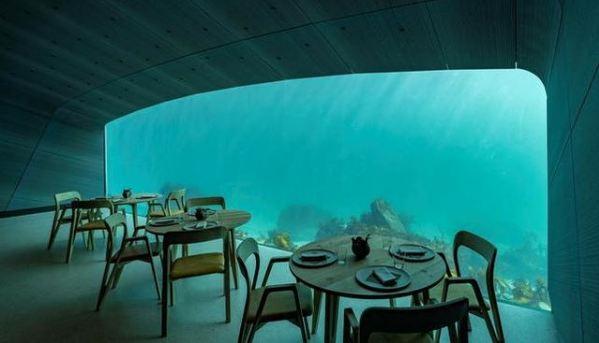 ristorante-subacqueo-under-vetrata